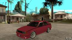 Alfa Romeo 75 Drifting