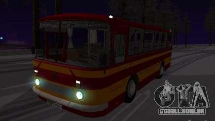 LAZ 697N para GTA San Andreas