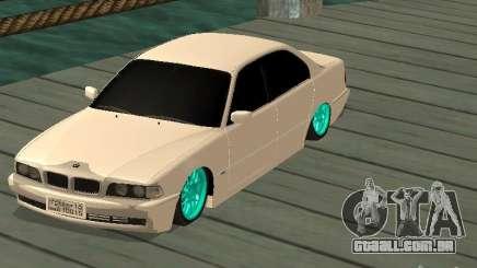 BMW 750i JDM para GTA San Andreas
