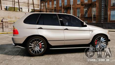 BMW X5 4.8iS v2 para GTA 4 esquerda vista