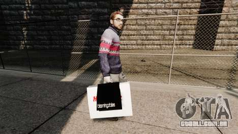 Sacos Bloomingdales e o Hard Rock Cafe para GTA 4