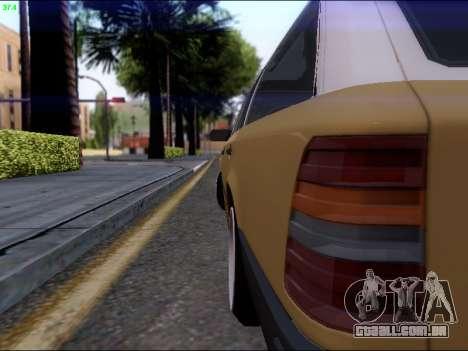 Mercedes-Benz E-Class W124 para GTA San Andreas vista direita