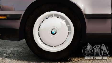 BMW 535 E34 Touring para GTA 4 vista de volta