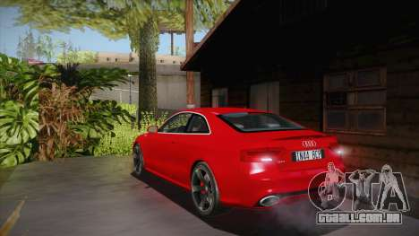 Audi RS5 2012 para GTA San Andreas traseira esquerda vista