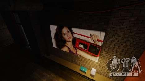 Novos posters no apartamento do Playboy X para GTA 4 segundo screenshot