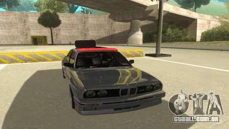 BMW E30 1991 para GTA San Andreas esquerda vista