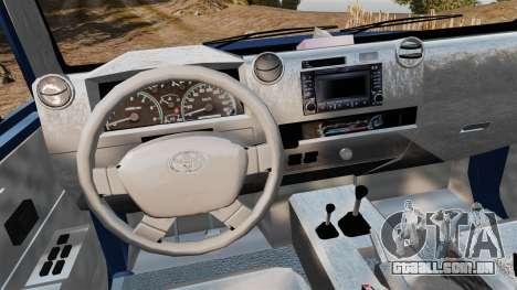 Toyota Land Cruiser 70 2013 para GTA 4 vista de volta