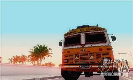 TATA 2515 para GTA San Andreas esquerda vista