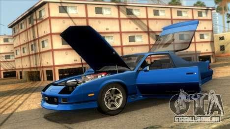 Chevrolet Camaro IROC-Z 1990 para GTA San Andreas traseira esquerda vista