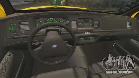 Ford Crown Victoria 1999 NYC Taxi v1.1 para GTA 4 vista de volta
