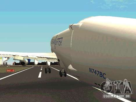 Boeing-747 Dream Lifter para GTA San Andreas vista inferior