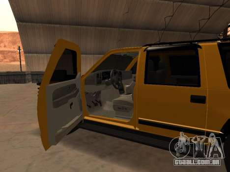 GMC Yukon para GTA San Andreas vista interior