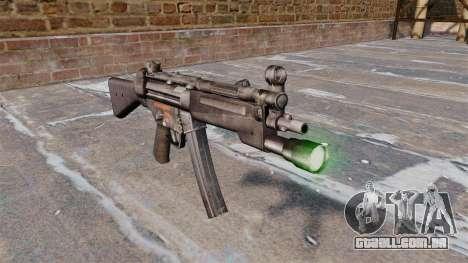 Pistola-metralhadora HK MP5 com lanterna para GTA 4
