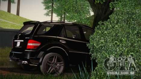 Mercedes-Benz ML63 para GTA San Andreas esquerda vista