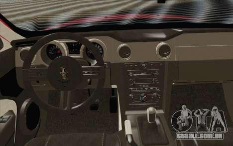 Ford Mustang GT 2005 para GTA San Andreas vista direita