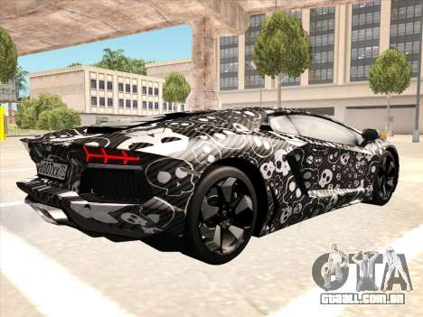 Lamborghini Aventador LP700-4 2013 para GTA San Andreas vista direita