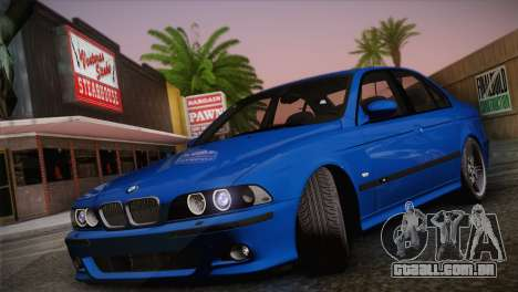 BMW E39 M5 2003 para GTA San Andreas traseira esquerda vista