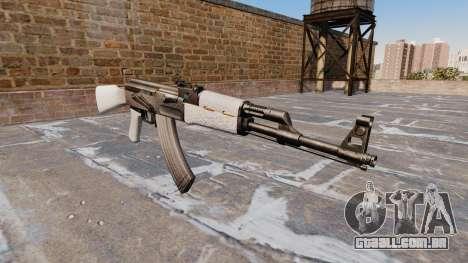 A AK-47 Chrome para GTA 4
