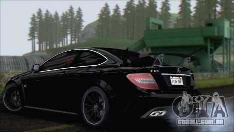 Mercedes C63 AMG Black Series 2012 para GTA San Andreas vista direita