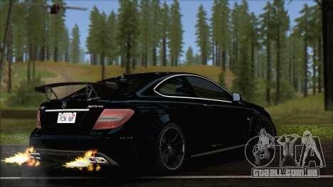 Mercedes C63 AMG Black Series 2012 para GTA San Andreas esquerda vista
