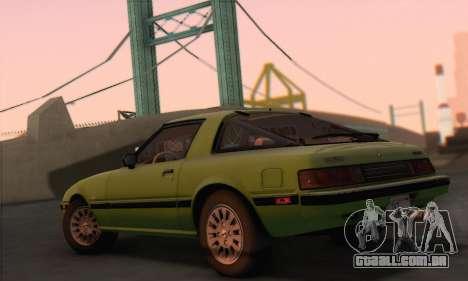 Mazda RX-7 GSL-SE 1985 HQLM para GTA San Andreas esquerda vista