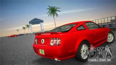 Ford Mustang GT 2005 para GTA Vice City vista traseira esquerda