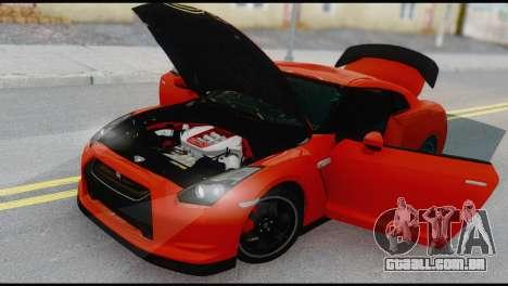 Nissan GT-R R35 para GTA San Andreas vista direita