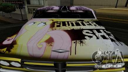 O trabalho da pintura para Slamvan MLP Fluttershy para GTA San Andreas