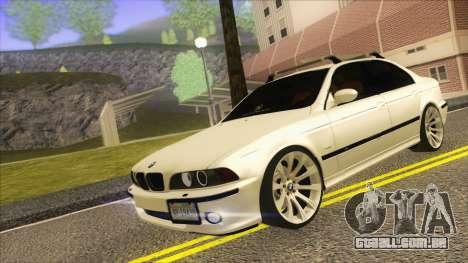 BMW M5 E39 2003 Stance para GTA San Andreas esquerda vista