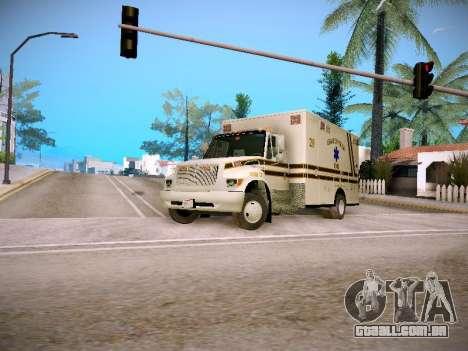 Pierce Commercial Grasonville Ambulance para GTA San Andreas esquerda vista