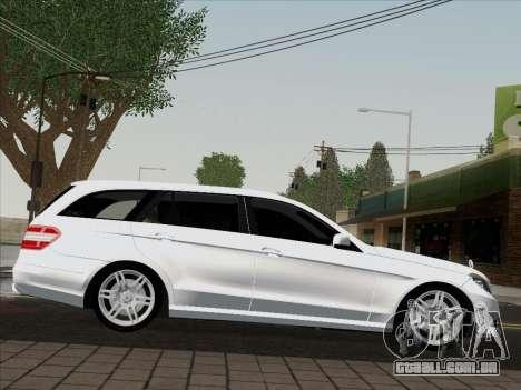 Mercedes-Benz E250 Estate para GTA San Andreas traseira esquerda vista