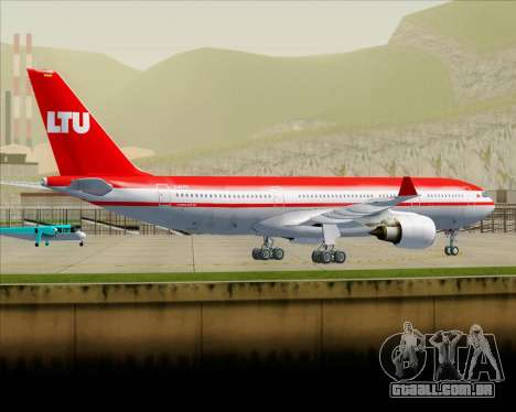 Airbus A330-200 LTU International para GTA San Andreas vista inferior