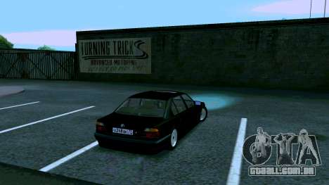 BMW 750iL para GTA San Andreas vista direita