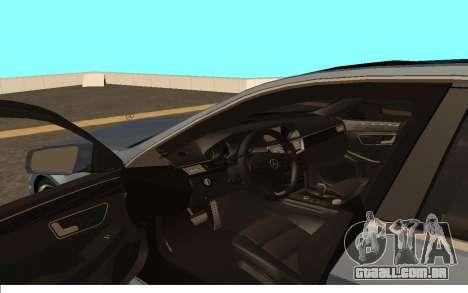 Mercedes-Benz W212 (Wheeljack from TF 3) para GTA San Andreas vista direita