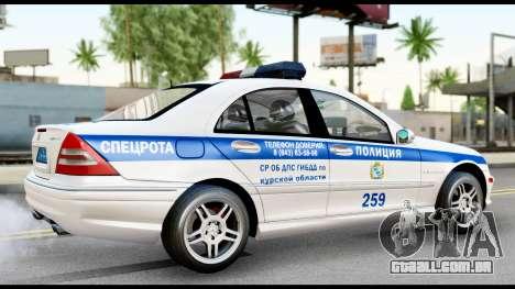 A Mercedes-Benz C32 AMG ДПС para GTA San Andreas traseira esquerda vista