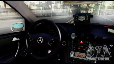 A Mercedes-Benz C32 AMG ДПС para GTA San Andreas vista traseira