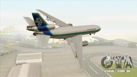 DC-10-30 Air New Zealand para GTA San Andreas esquerda vista