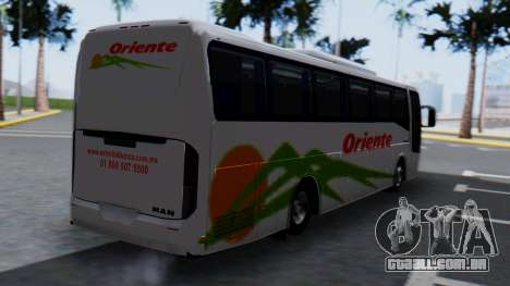 Busscar Elegance 360 para GTA San Andreas esquerda vista