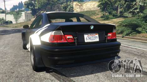 GTA 5 BMW M3 GTR E46 white on black traseira vista lateral esquerda