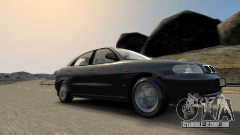 Daewoo Nubira I Hatchback CDX 1997 para GTA 4 vista inferior