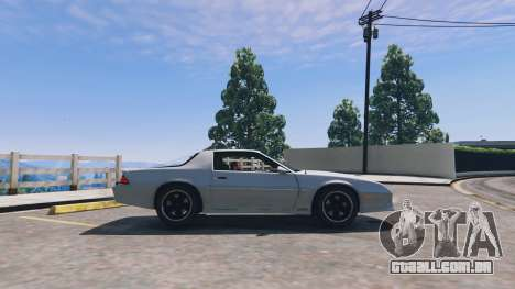 GTA 5 Chevrolet Camaro IROC-Z [BETA] vista lateral esquerda