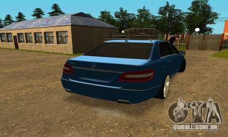Mercedes Benz E500 W212W para GTA San Andreas traseira esquerda vista