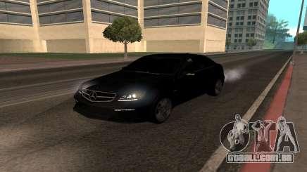 Mercedes-Benz C63 Armenia para GTA San Andreas