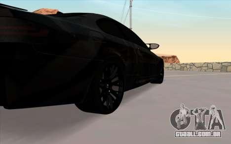 BMW M3 E92 GTR Black Camo para GTA San Andreas vista direita