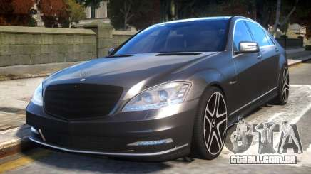 Mercedes-Benz w221 S7.0 v1.0 para GTA 4