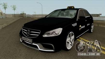 Mercedes-Benz E-Klasse 63 Taxi para GTA San Andreas