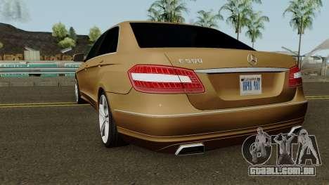 Mercedes-Benz E500 para GTA San Andreas traseira esquerda vista