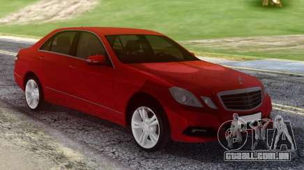 Mercedes-Benz E500 W212 Red para GTA San Andreas