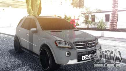 Mercedes-Benz ML 63 AMG Stock para GTA San Andreas