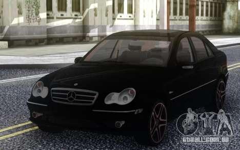 Mercedes-Benz C55 W203 AMG para GTA San Andreas